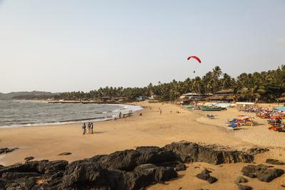 https://imgc.allpostersimages.com/img/posters/view-over-south-anjuna-beach-goa-india-asia_u-L-PWFSWS0.jpg?p=0