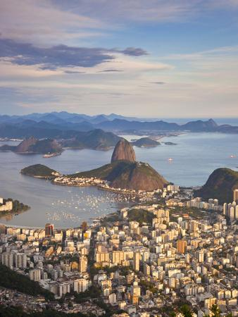 https://imgc.allpostersimages.com/img/posters/view-over-sugarloaf-mountain-and-city-centre-rio-de-janeiro-brazil_u-L-PXT8LS0.jpg?p=0