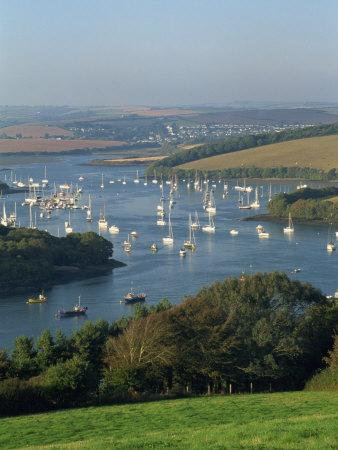 https://imgc.allpostersimages.com/img/posters/view-over-the-kingsbridge-estuary-from-east-portlemouth-salcombe-devon-england-united-kingdom_u-L-P7VI5O0.jpg?p=0