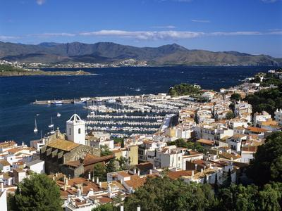 https://imgc.allpostersimages.com/img/posters/view-over-town-and-port-el-port-de-la-selva-costa-brava-catalunya-spain-mediterranean_u-L-PWFBG00.jpg?p=0