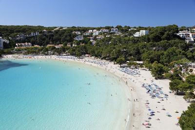 https://imgc.allpostersimages.com/img/posters/view-over-white-sand-beach-cala-galdana-menorca-balearic-islands-spain-mediterranean_u-L-PWFDJ60.jpg?p=0