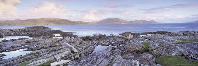 https://imgc.allpostersimages.com/img/posters/view-towards-isle-of-harris-from-taransay-outer-hebrides-scotland-united-kingdom-europe_u-L-P2QTJX0.jpg?p=0
