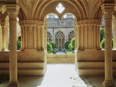 https://imgc.allpostersimages.com/img/posters/view-towards-the-cloister-from-the-chapter-house-12th-13th-century_u-L-P55V3R0.jpg?p=0
