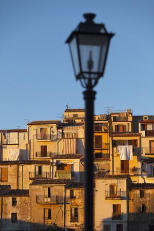 https://imgc.allpostersimages.com/img/posters/village-houses-gratteri-palermo-province-sicily-italy-mediterranean-europe_u-L-PQ8Q6B0.jpg?p=0
