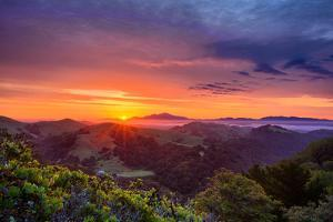 Majestic Sunrise Easy Bau Hills, Mount Diablo, Oakland by Vincent James