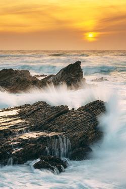Sunset Splash at Montaña de Oro, California Coast by Vincent James