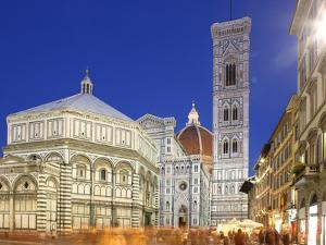 Cathedral (Duomo), Florence, UNESCO World Heritage Site, Tuscany, Italy, Europe by Vincenzo Lombardo