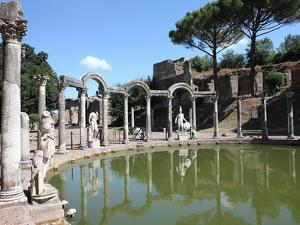 Hadrian's Villa, Canopus Canal, UNESCO World Heritage Site, Tivoli, Rome, Lazio, Italy, Europe by Vincenzo Lombardo