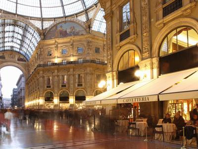 Restaurant, Galleria Vittorio Emanuele, Milan, Lombardy, Italy, Europe