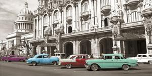 Vintage American cars in Havana, Cuba