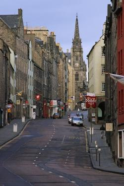 Royal Mile, Edinburgh by Vittoriano Rastelli