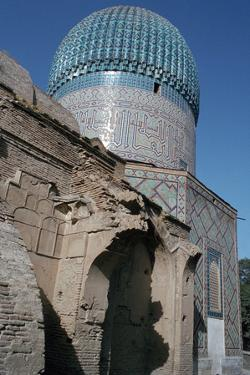 Gur-E Amir, Samarkand, Uzbekistan by Vivienne Sharp