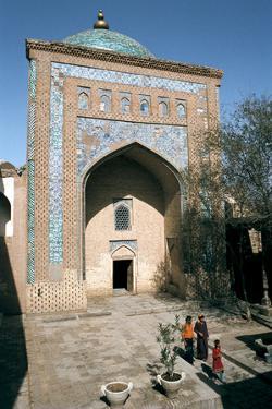 Mausoleum of Pahlavan Mahmud, Khiva, Uzbekistan by Vivienne Sharp