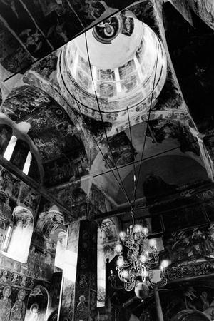 https://imgc.allpostersimages.com/img/posters/vlad-dracul-s-private-chapel-tirgoviste-romania_u-L-PUSXPR0.jpg?p=0