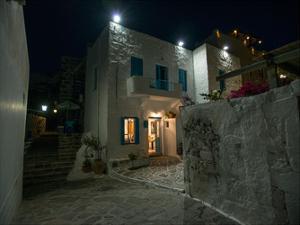 Milos Island House by Vladimir Kostka