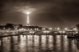 Paris Night by Vladimir Kostka