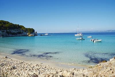 https://imgc.allpostersimages.com/img/posters/voutoumi-beach-antipaxos-antipaxi-ionian-islands-greek-islands-greece-europe_u-L-PQ8R8N0.jpg?p=0