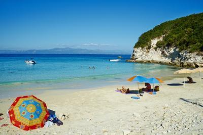 https://imgc.allpostersimages.com/img/posters/vrika-beach-antipaxos-antipaxi-ionian-islands-greek-islands-greece-europe_u-L-PQ8MRN0.jpg?p=0