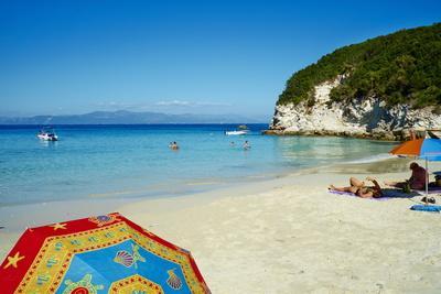 https://imgc.allpostersimages.com/img/posters/vrika-beach-antipaxos-antipaxi-ionian-islands-greek-islands-greece-europe_u-L-PQ8Q3Z0.jpg?artPerspective=n