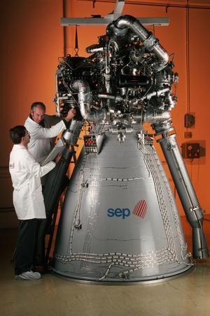 https://imgc.allpostersimages.com/img/posters/vulcain-engine-of-ariane-5_u-L-PZNEJI0.jpg?p=0