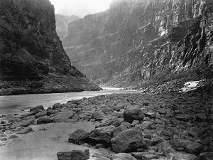 Mouth of Kanab Wash by W. Bell