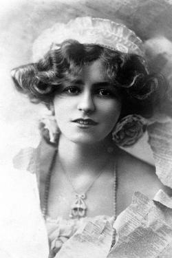 Gabrielle Ray (1883-197), English Actress, 1900s by W&d Downey