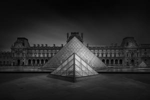 Louvre by Wael Onsy