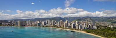 https://imgc.allpostersimages.com/img/posters/waikiki-beach-honolulu-oahu-hawaii_u-L-Q1D0PJG0.jpg?p=0