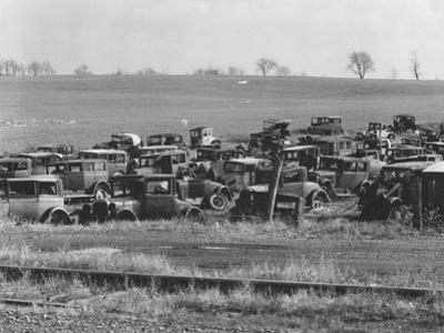 An auto dump near Easton, Pennsylvania, 1935 by Walker Evans