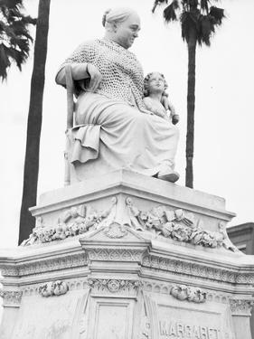 The Margaret statue in New Orleans, Louisiana, 1936 by Walker Evans