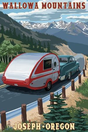 https://imgc.allpostersimages.com/img/posters/wallowa-mountains-joseph-oregon-retro-camper_u-L-Q1GQN6O0.jpg?artPerspective=n