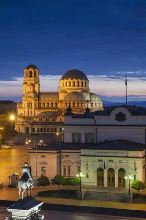 Bulgaria, Sofia, Ploshtad Narodno Sabranie Square, Elevated View, Dawn