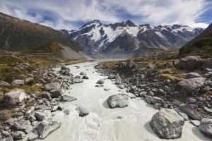 New Zealand, South Island, Canterbury, Aoraki-Mt. Cook National Park by Walter Bibikow