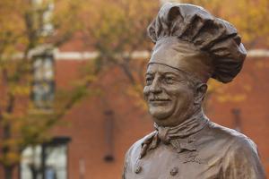 Statue of Famed Chef Boy-Ar-Dee, Omaha, Nebraska, USA by Walter Bibikow