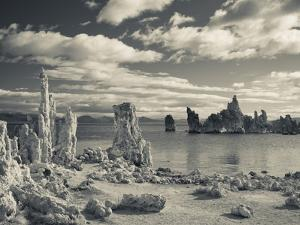 USA, California, Eastern Sierra Nevada Area, Lee Vining, Mono Lake, Tufa Stone Formation by Walter Bibikow