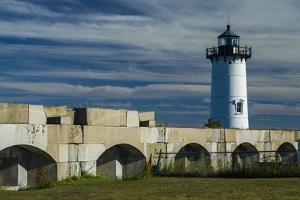 USA, New Hampshire, New Castle, Portsmouth Harbor Lighthouse and Fort Constitution by Walter Bibikow