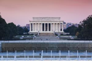 USA, Washington Dc, Lincoln Memorial, Dawn by Walter Bibikow