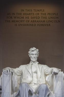 USA, Washington Dc, Lincoln Memorial, Statue of Abraham Lincoln by Walter Bibikow