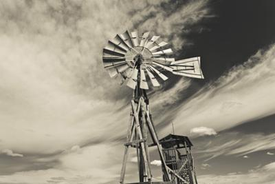 Windmill, 1880 Town, Pioneer Village, Stamford, South Dakota, USA