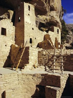 Cliff Palace, Mesa Verde, Anasazi Culture, Colorado, USA by Walter Rawlings