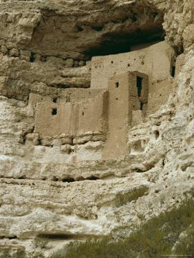 Pueblo Indian Montezuma Castle Dating from 1100-1400 AD, Sinagua, Arizona, USA by Walter Rawlings
