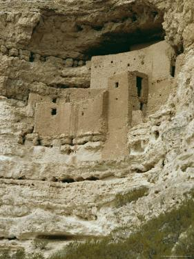 Pueblo Indian Montezuma Castle Dating from 1100-1400 AD, Sinagua, Arizona, USA by Walter Rawlings