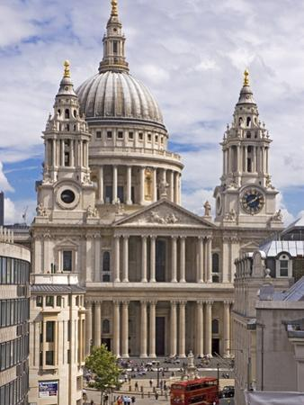 St. Paul's Cathedral Designed by Sir Christopher Wren, London, England, United Kingdom, Europe