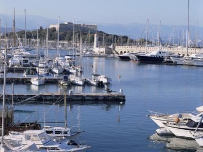 The Harbour and Fort Carre Where Napoleon was Imprisoned, Antibes, Alpes Maritimes, Cote d'Azur