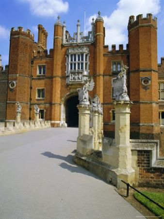 The Queen's Beasts on the Bridge Leading to Hampton Court Palace, Hampton Court, London, England