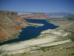 Reservoir on Green River, in the Flaming Gorge National Recreation Area, Utah Wyoming Border, USA by Waltham Tony