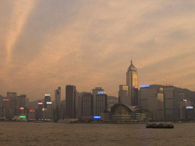 https://imgc.allpostersimages.com/img/posters/wanchai-district-across-victoria-harbour-hong-kong-island-hong-kong-china_u-L-P7O3IO0.jpg?p=0