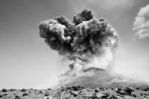 Eruption by warrengoldswain