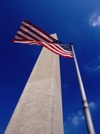 https://imgc.allpostersimages.com/img/posters/washington-monument-with-the-national-flag-washington-dc-usa_u-L-P4FTBL0.jpg?artPerspective=n