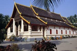 Wat Ong Teu Mahawihan (Temple of Heavy Buddha), Vientiane (Viangchan), Laos16th Century